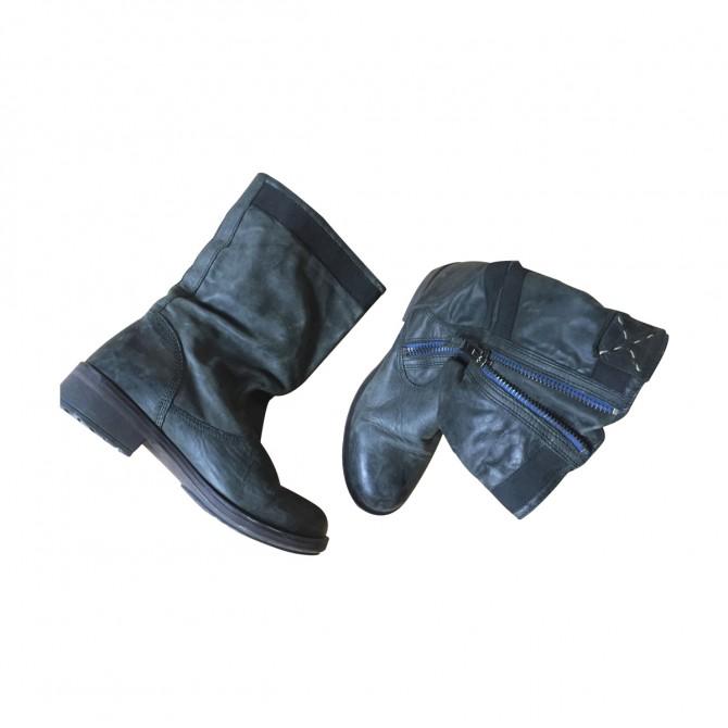 STEVEN MADDEN Boots