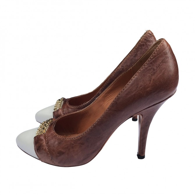 Givenchy Brown Pumps