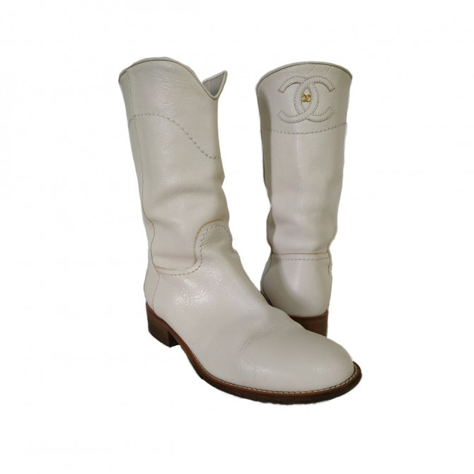 Chanel boots size IT37.5