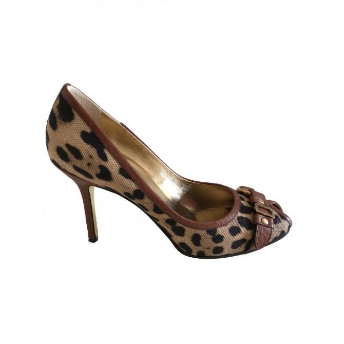Dolce & Gabbana Leopard Peeptoe Heels size IT38.5