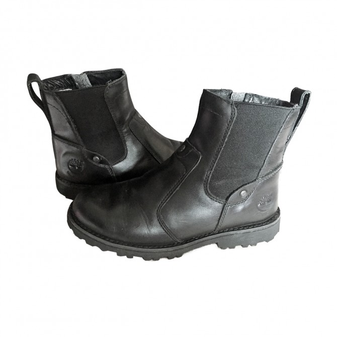 Timberland boy's black leather boots