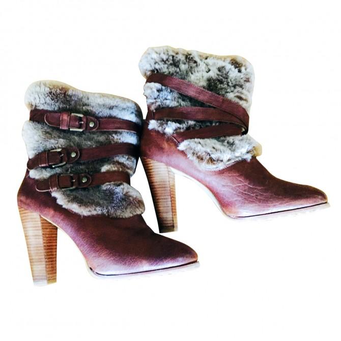 Stuart Weitzman ankle boots with fur details