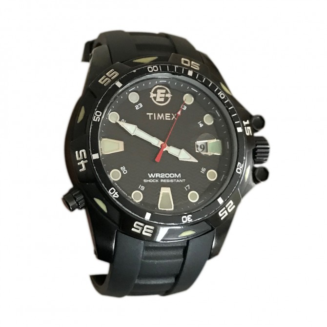 TIMEX MENS WATCH BRAND NEW IN THE ORIGIBAL BOX