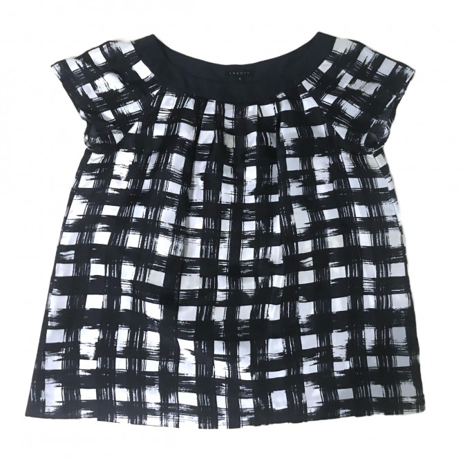 THEORY NAVY BLUE BLACK AND GREY CHECKED PATTERN SILK TOP SIZE S