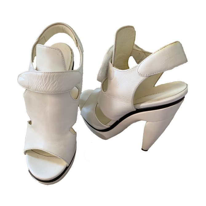 Balenciaga white leather heeled sandals EU 38 or US 8