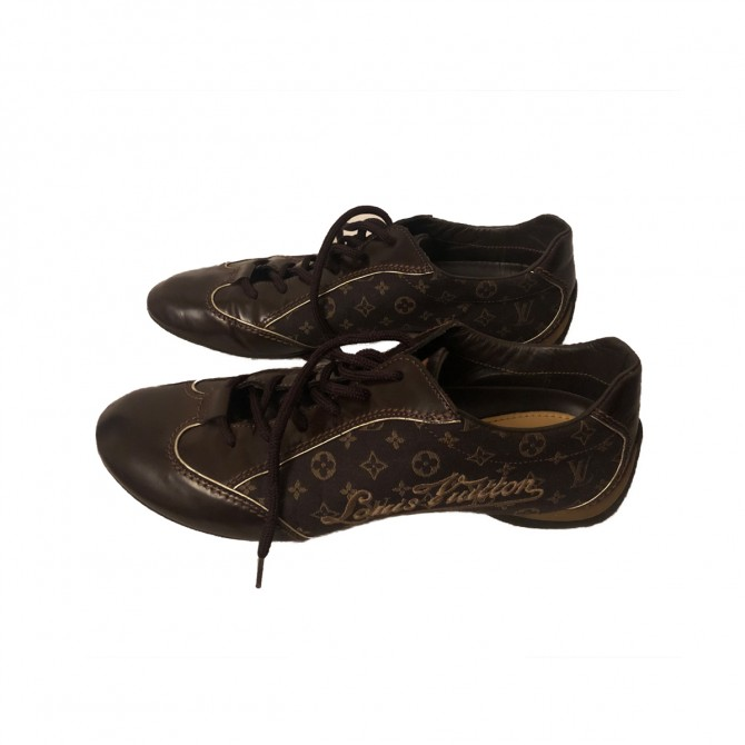 Louis Vuitton  monogram canvas and leather sneakers size IT 37.5