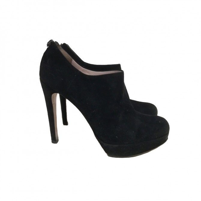 Miu miu suede ankle boots size IT 39.5