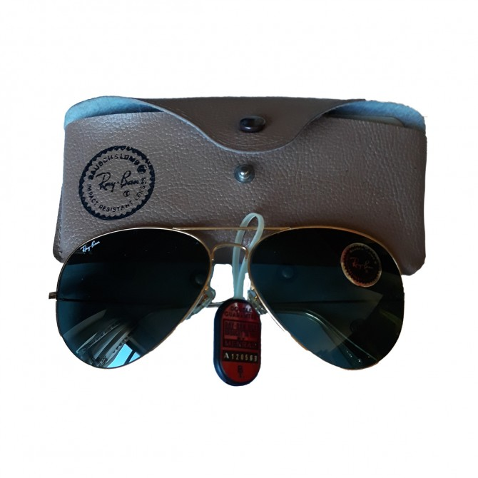 Vintage RAY-BAN Aviator sunglasses