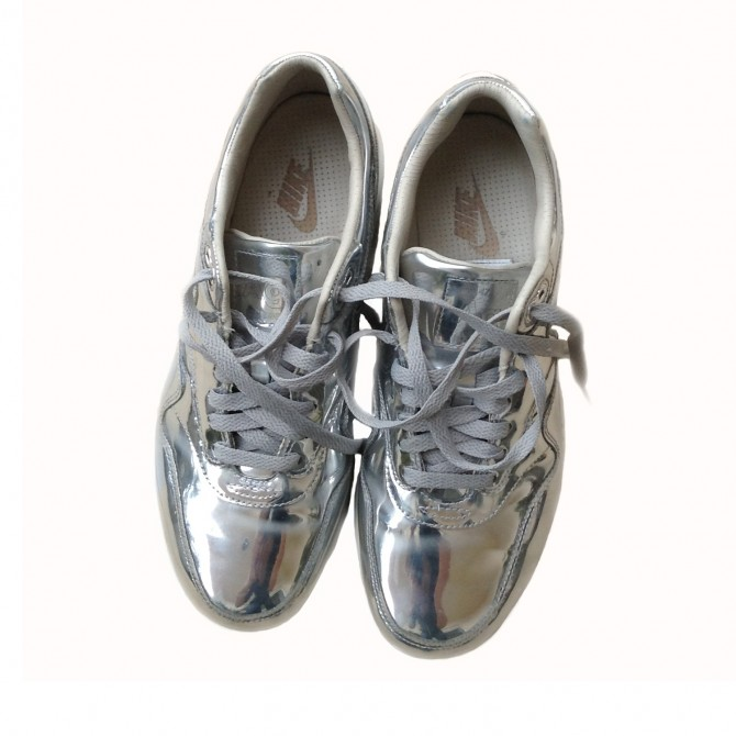 NIKE limited edition silver leather sneakers