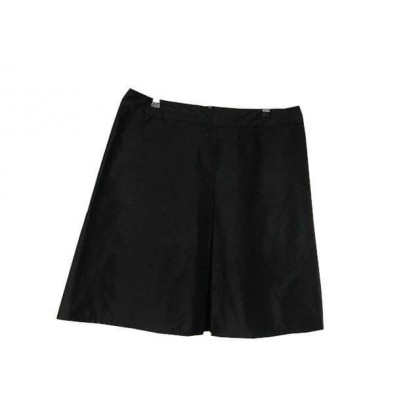 Prada black knee length skirt IT 48