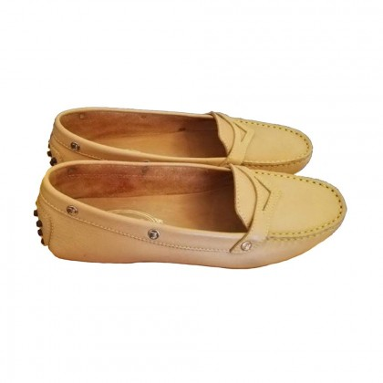 Tod's yellow beige flat loafers size IT 37