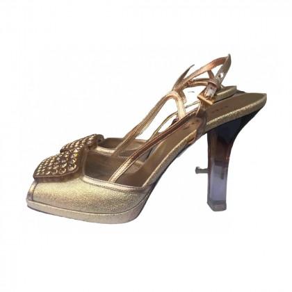 PRADA GOLD SANDALS size IT37 1/2