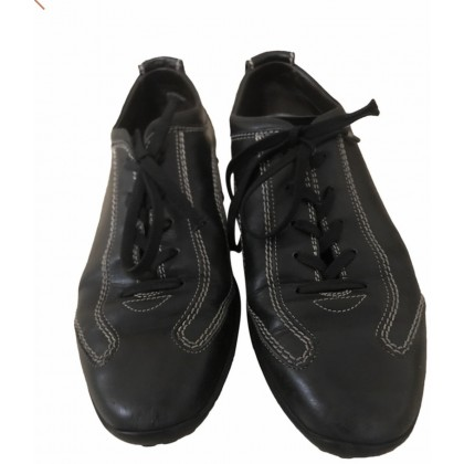 Tod's black leather trainers size 39