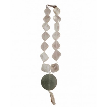 Jade necklace motif ethnic with silver closure