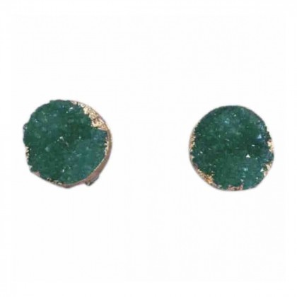 HANDMADE IMPRESSIVE EMERALD GREEN COLOR STUD EARRINGS