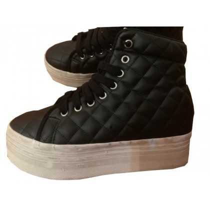 JEFFREY CAMPBELL BLACK QUILTED LEATHER LACE UPS