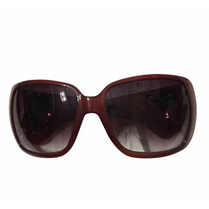 Gucci sunglasses in burgundy color limited edition
