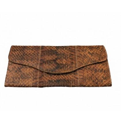 Real croco leather vintage wallet in camel color
