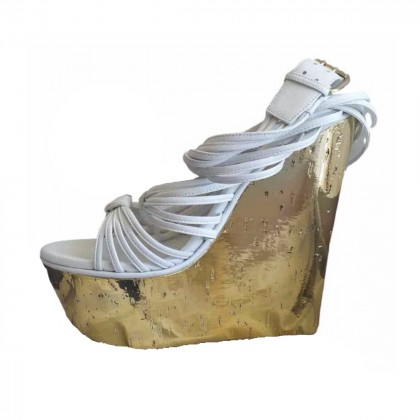 Emilio Pucci white leather platforms with gold tone wedge size IT39