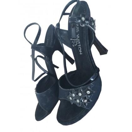 Louis Vuitton black sandals IT 39