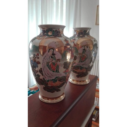Chinese antique pair of vases