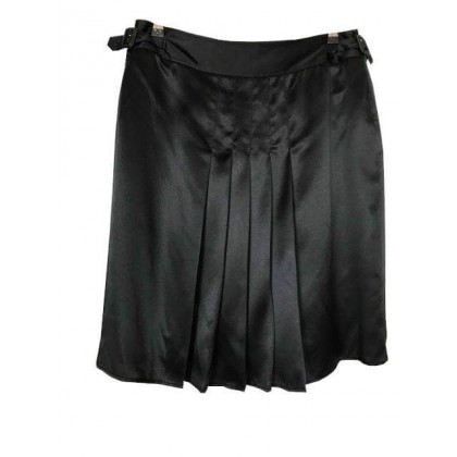 Burberry black silk pleated skirt UK 12 or US 10