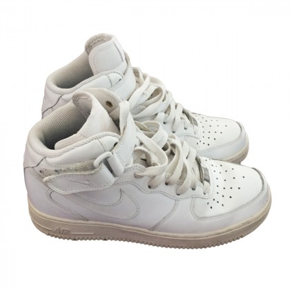 NIKE AIR FORCE white leather for ladies US 7