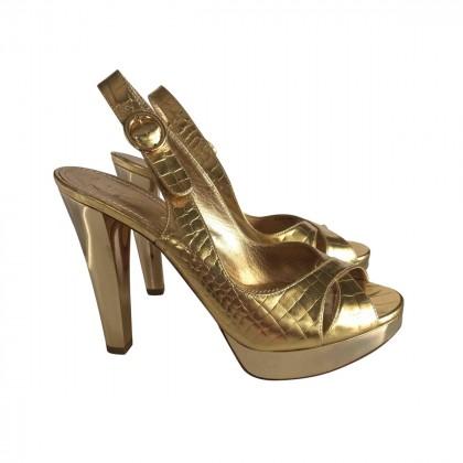 CASADEI Gold Metallic platform sandals size IT 37.5