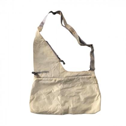 DKNY ACTIVE ecru polyester bag