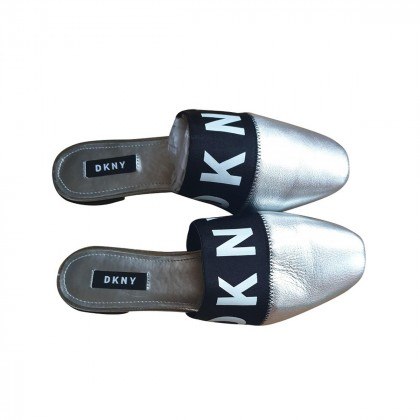 DKNY silver leather logo band mules size IT37 brand new with tags