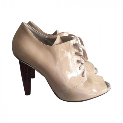 DOLCE&GABBANA patent leather booties size IT37