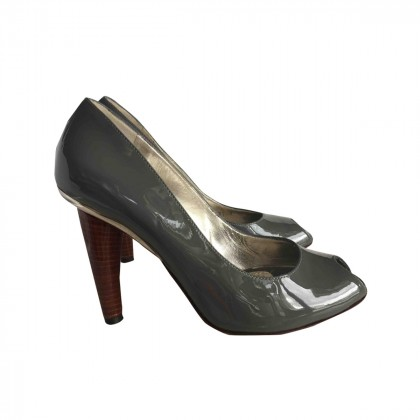Dolce & Gabbana grey peep toes size IT 37