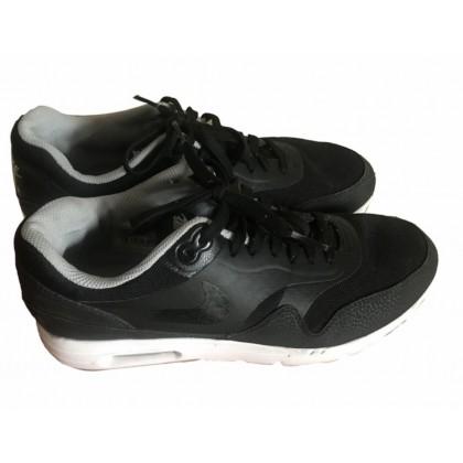 Nike air black trainers size EU 41