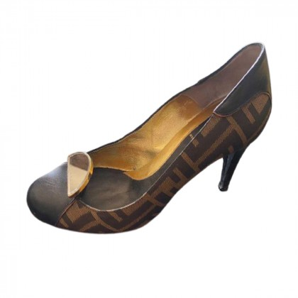 Fendi leather and canvas pumps size IT37.5
