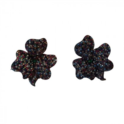 Oxidized silver flower shaped earrings with semiprecious stones