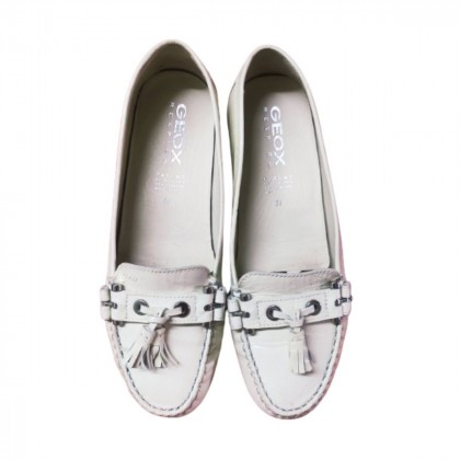GEOX white leather flats size 39