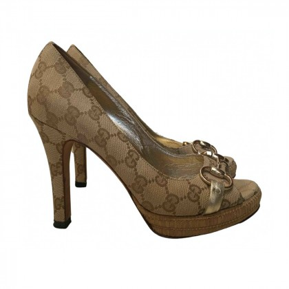 GUCCI GG CANVAS HEELED SANDALS SIZE IT37