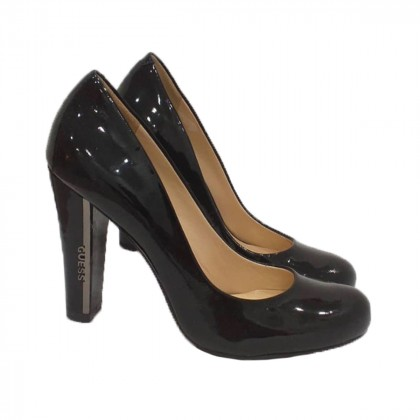 Guess black pumps brand new size 37,5