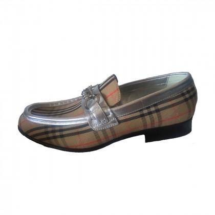 Burberry Women's Metallic Moorley Chain Loafers size IT36