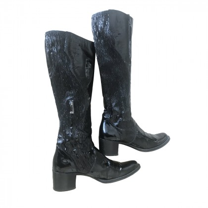 NO NAME PATENT LEATHER BLACK BOOTS