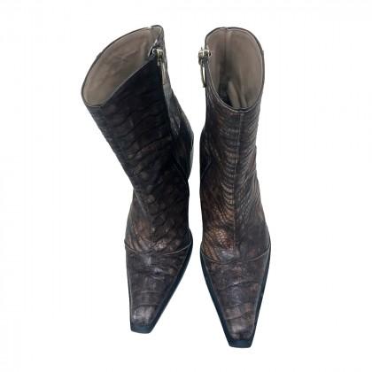 BOURNAJOS snakeskin western ankle boots EU 38