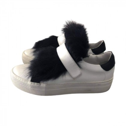 Moncler Victoire leather and real fur sneakers size It 36