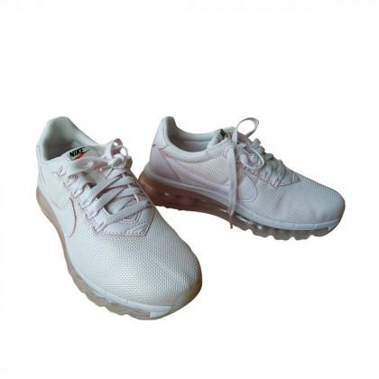 Nike Premium Ld Zero pearl pink size US 7 brand new