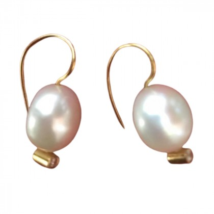 Dolly Boucogiannis  14k yellow gold with brilliants pearl  earrings