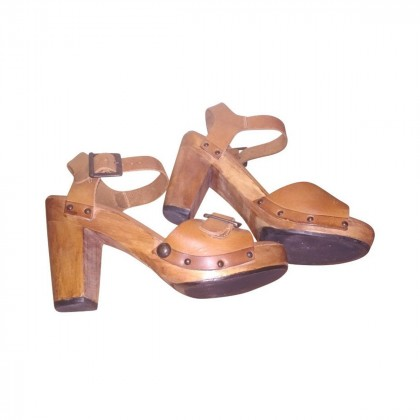 Patrizia Pepe Wooden Leather Sandals size 39