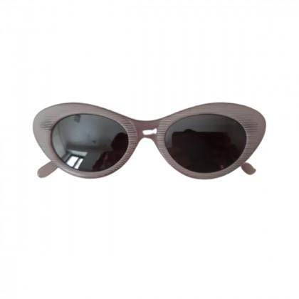 Cat eye shaped vintage pink sunglasses