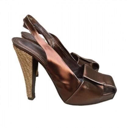 YVES SAINT LAURENT sandals size IT 37