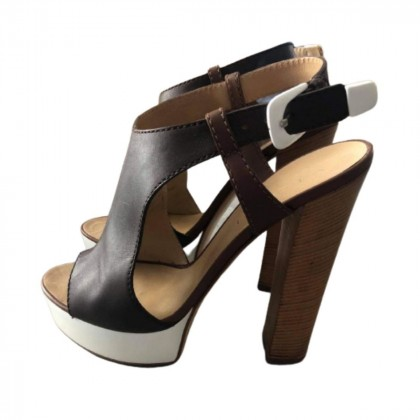 Vicini leather heeled sandals size IT 40