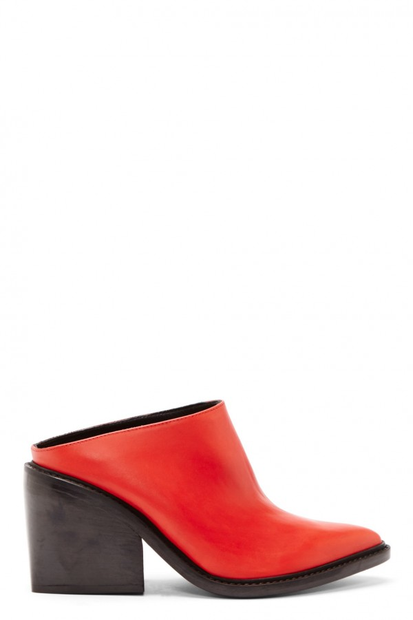 Helmut Lang  in red leather and pointed toe